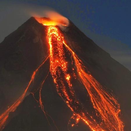 Vulkaanilise tuhaga Olivolio Botanics tooted - UUDISTOOTED